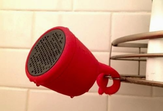 Win a Red Boom Swimmer Speaker – A perfect Geeky Valentine's Gift